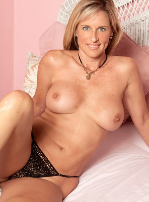 Free Mature Pussy Porn
