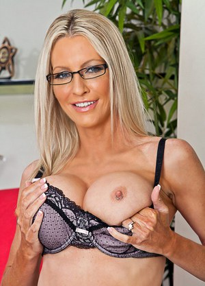 Free Cougar Pussy Porn