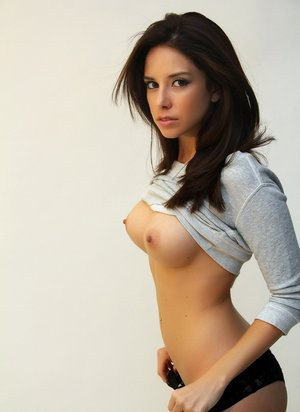 Free Pussy Brunette Porn